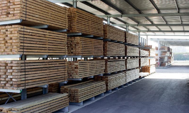 15 000 m3 de produits en stock